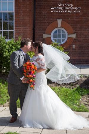 Bromsgrove registry office wedding photographer