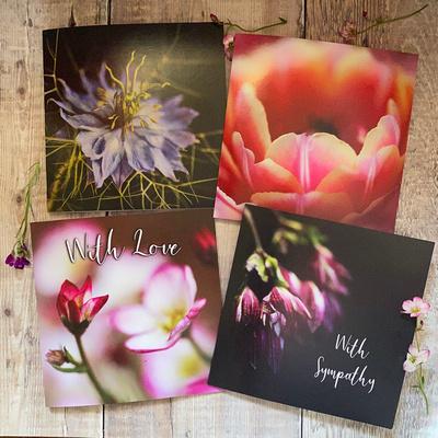 set of 4 flower cards
